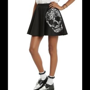 Hot Topic Skull Skirt Mini